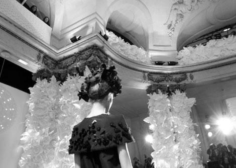 Chanel-flowers3