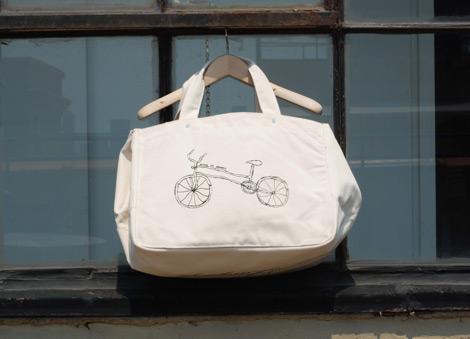 One-language-tote-bag