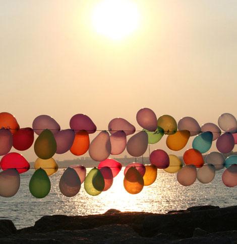 Sunset_balloons_by_TiaraMia