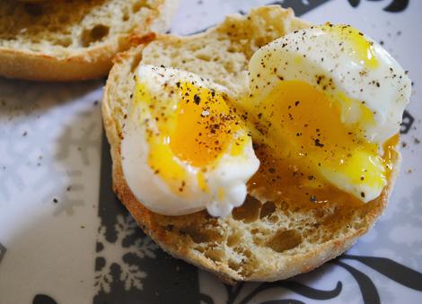 Soft-boiled-egg