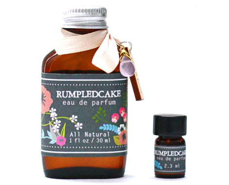 Twigscent-rumpled-cake