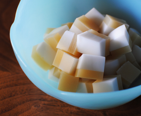 Thai-coconut-custard-jello-1
