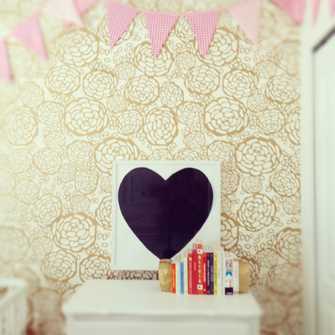 Oh-joy-wallpaper-penelopes-nursery-1