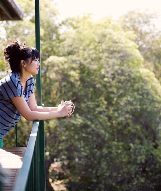 Oh-joy-balcony-bonnie-tsang