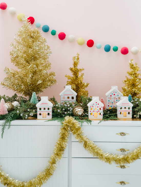 Holiday Painted Ceramic Houses DIY...