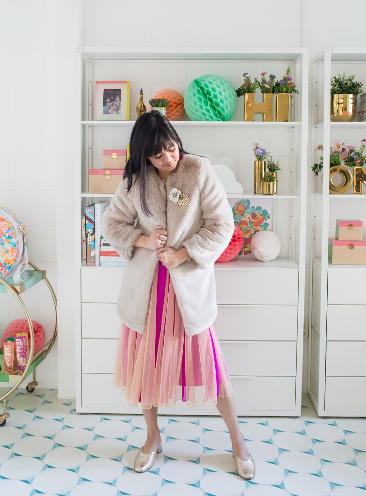 How To Wear Vintage Brooches / Oh Joy!