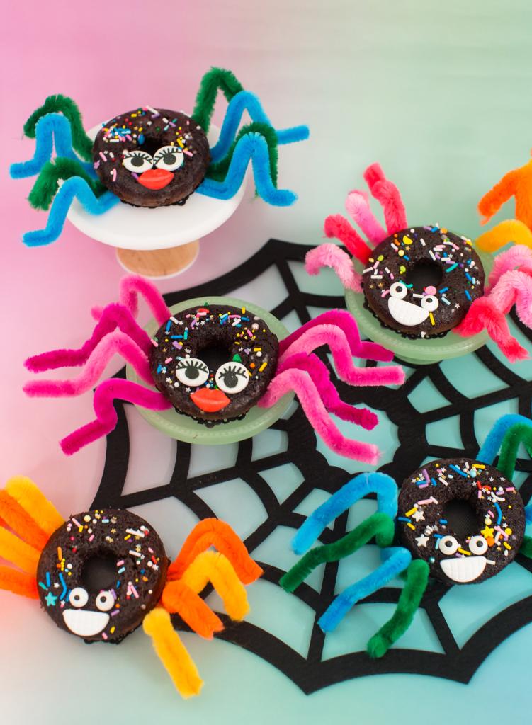 Cute DIY Spider Donuts for Halloween... / via Oh Joy!