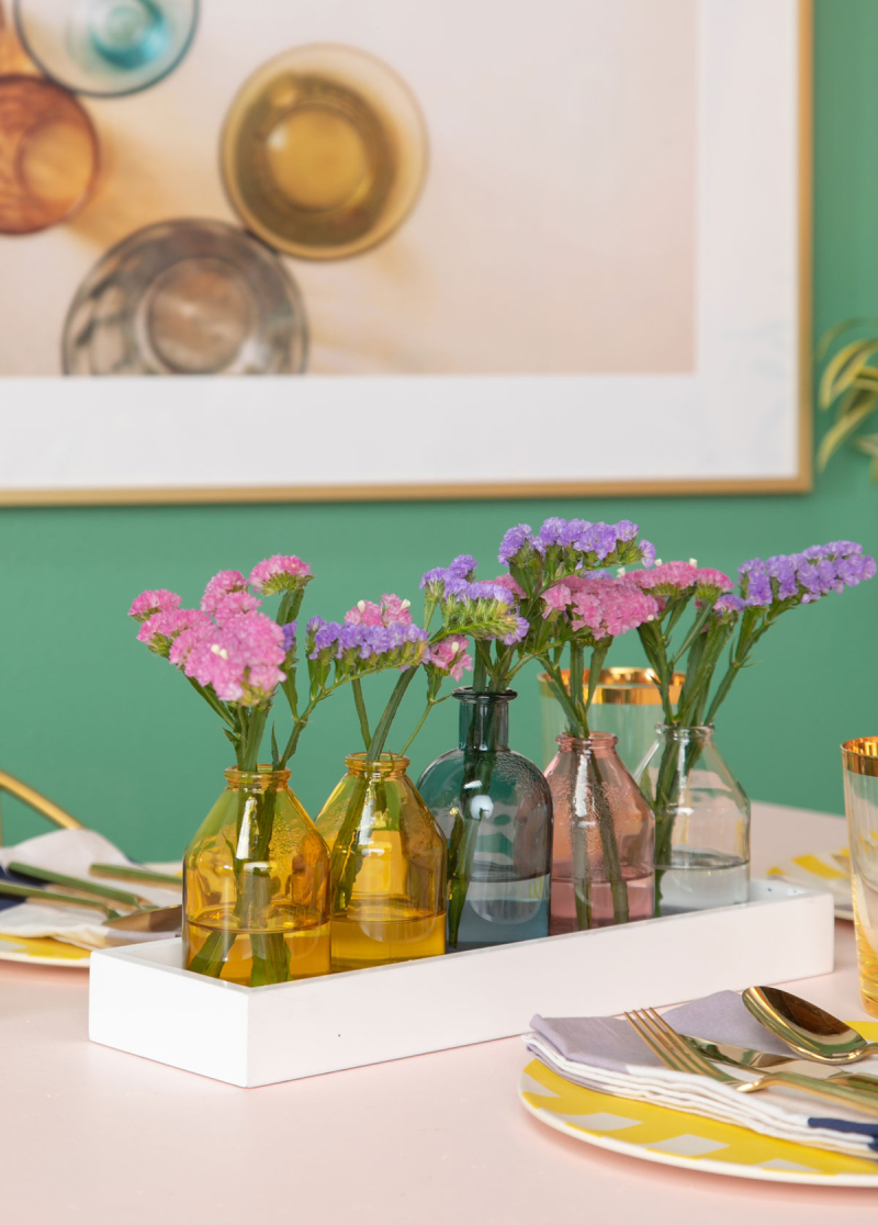 How-To Make a Glitter Bud Vase Tray